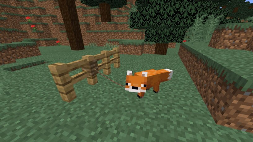Fox in Minecraft on a lead tied to a fence